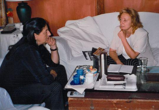 Con Dulce Chacón en el domicilio de ésta en Madrid