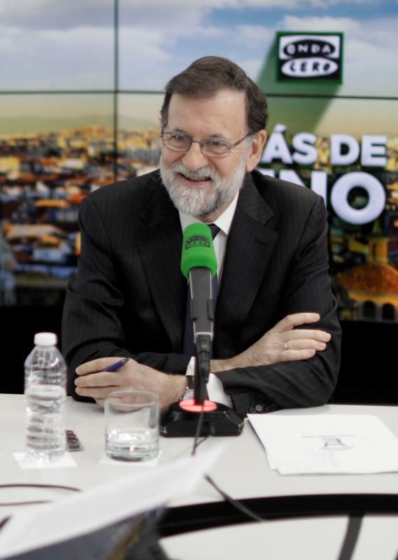 """GRAF5925. MADRID, 24/01/2018.- El presidente del Gobierno, Mariano Rajoy, durante la entrevista concedida hoy en el programa """"Más de uno"""" de Onda Cero. EFE/Presidencia del Gobierno"""