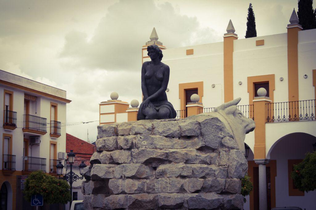 Plaza de la fuente de Cabeza del Buey (A. Briz)