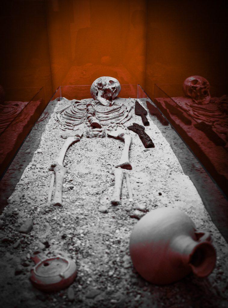 Enterramiento en el MNAR (Ángel Briz)