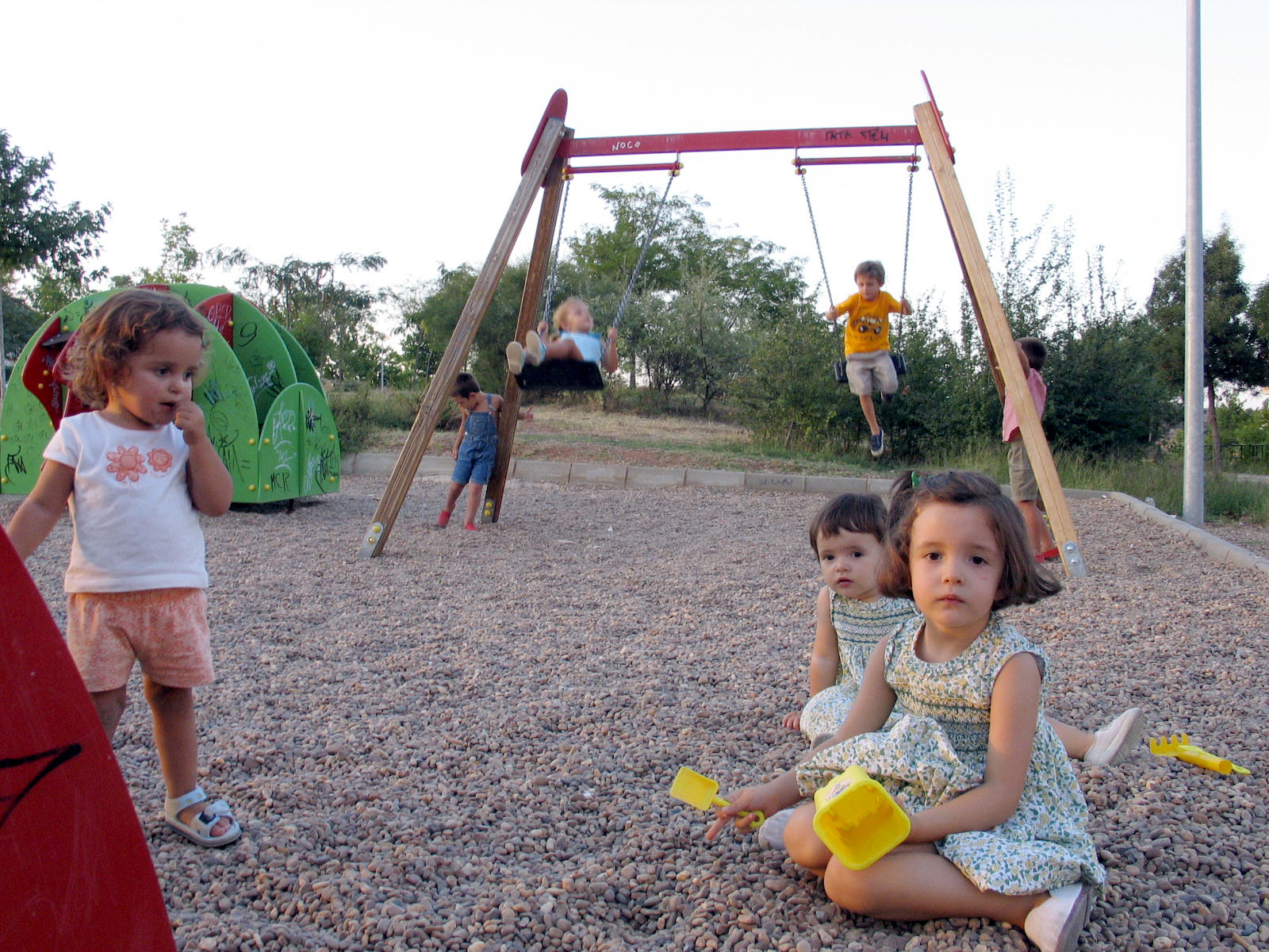 Un oasis llamado parque infantil juegos de ni os blogs for Parques ninos barcelona