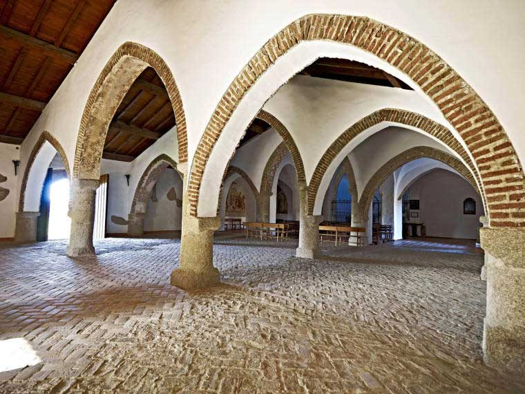 La huella mud jar en torrequemada 2 de noviembre for Arquitectura mudejar