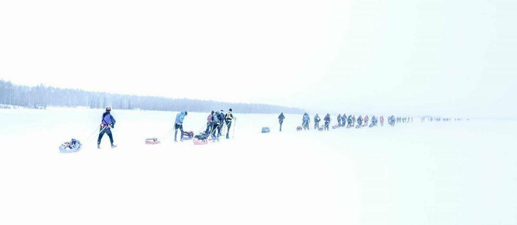en la salida comienza a alargarse el grupo, los pulkkas
