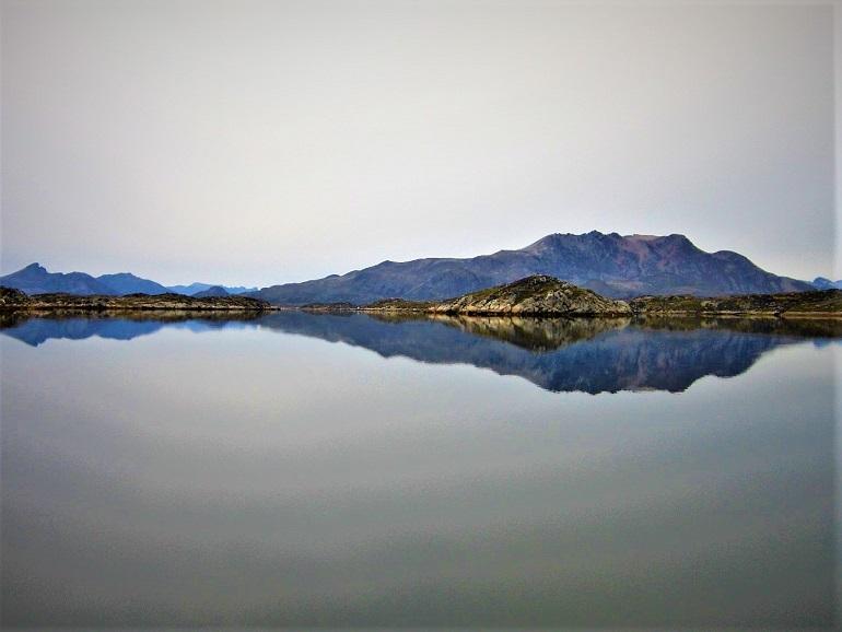 Aguas como espejo en los canales, mientras que en mar abierto puede ser un auténtico infierno.