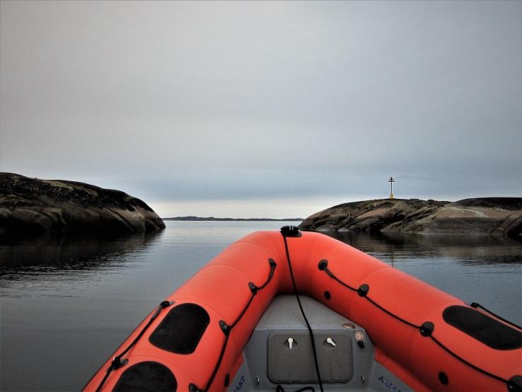 Entrada en los canales de Kitsigsut, la ruta más segura para pequeñas embarcaciones.